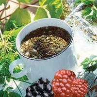 Чай из листьев и ягод ежевики